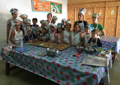campamento-cocina-montejucar-2